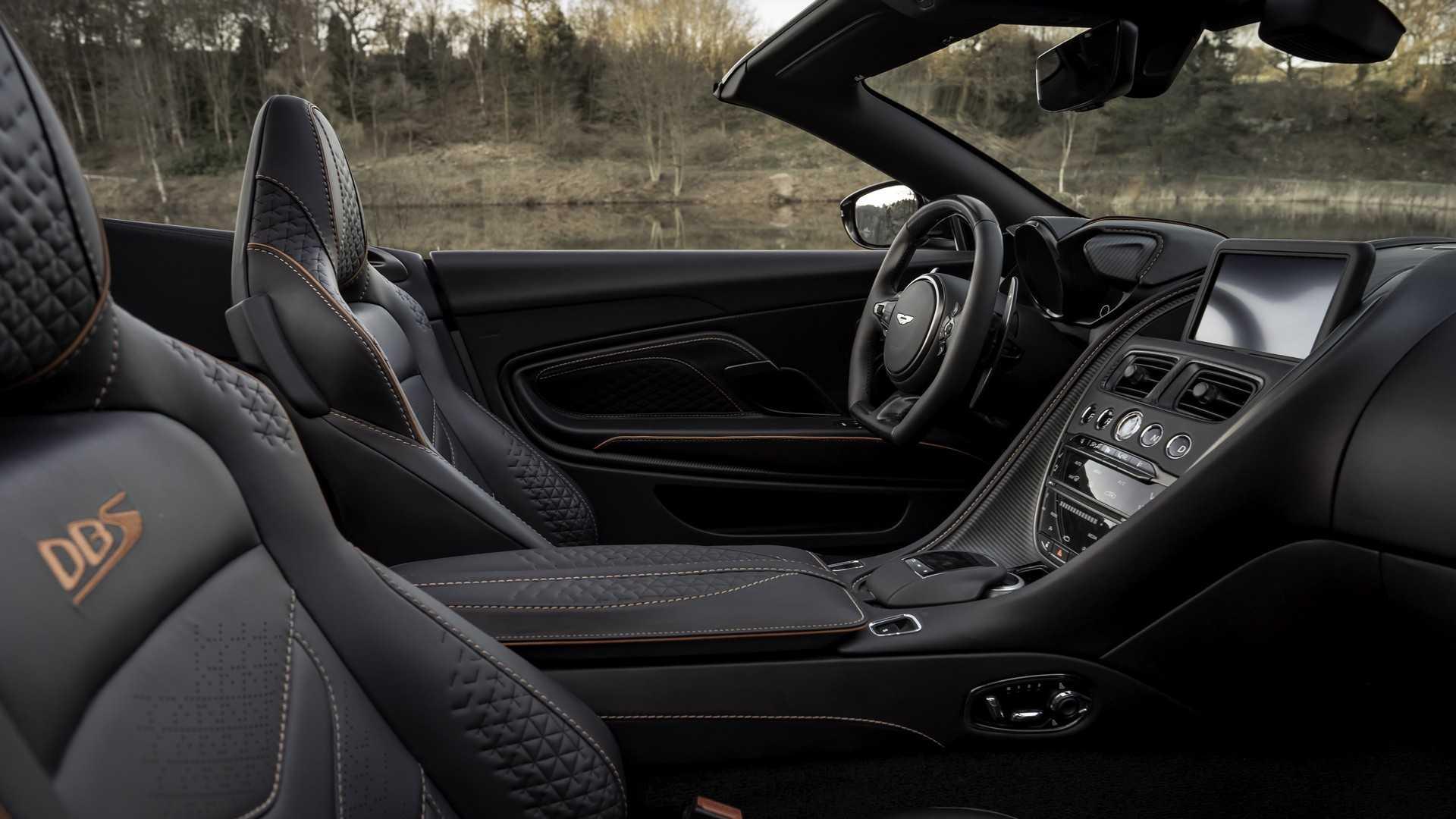 2019 Aston Martin DBS Superleggera Volante Interior Wallpapers (13)