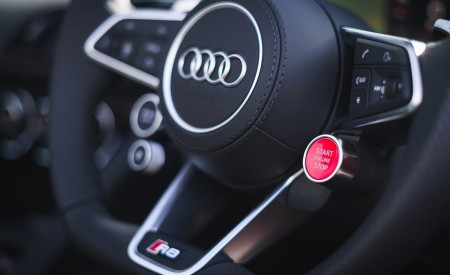 2019 Audi R8 V10 Coupe Performance quattro (UK-Spec) Interior Steering Wheel Wallpaper 450x275 (186)