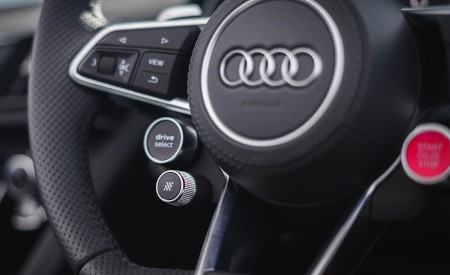 2019 Audi R8 V10 Coupe Performance quattro (UK-Spec) Interior Steering Wheel Wallpaper 450x275 (185)