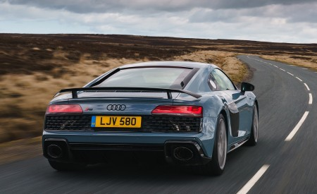 2019 Audi R8 V10 Coupe Performance quattro (UK-Spec) Rear Wallpaper 450x275 (88)