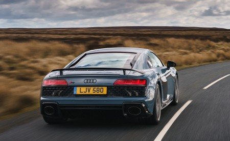 2019 Audi R8 V10 Coupe Performance quattro (UK-Spec) Rear Wallpaper 450x275 (89)
