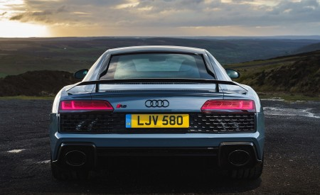 2019 Audi R8 V10 Coupe Performance quattro (UK-Spec) Rear Wallpaper 450x275 (145)