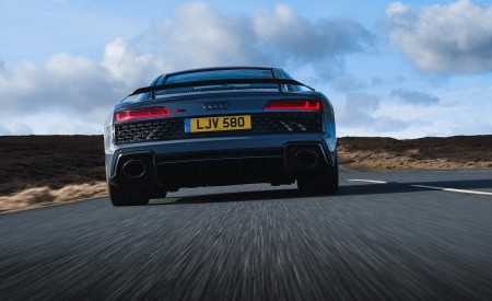 2019 Audi R8 V10 Coupe Performance quattro (UK-Spec) Rear Wallpaper 450x275 (91)