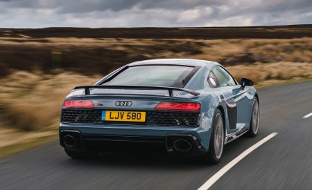2019 Audi R8 V10 Coupe Performance quattro (UK-Spec) Rear Wallpaper 450x275 (92)