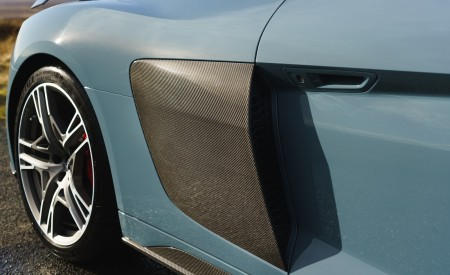 2019 Audi R8 V10 Coupe Performance quattro (UK-Spec) Side Vent Wallpaper 450x275 (148)