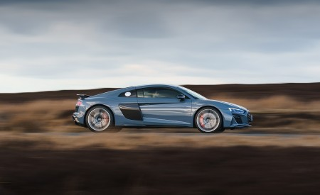 2019 Audi R8 V10 Coupe Performance quattro (UK-Spec) Side Wallpaper 450x275 (113)