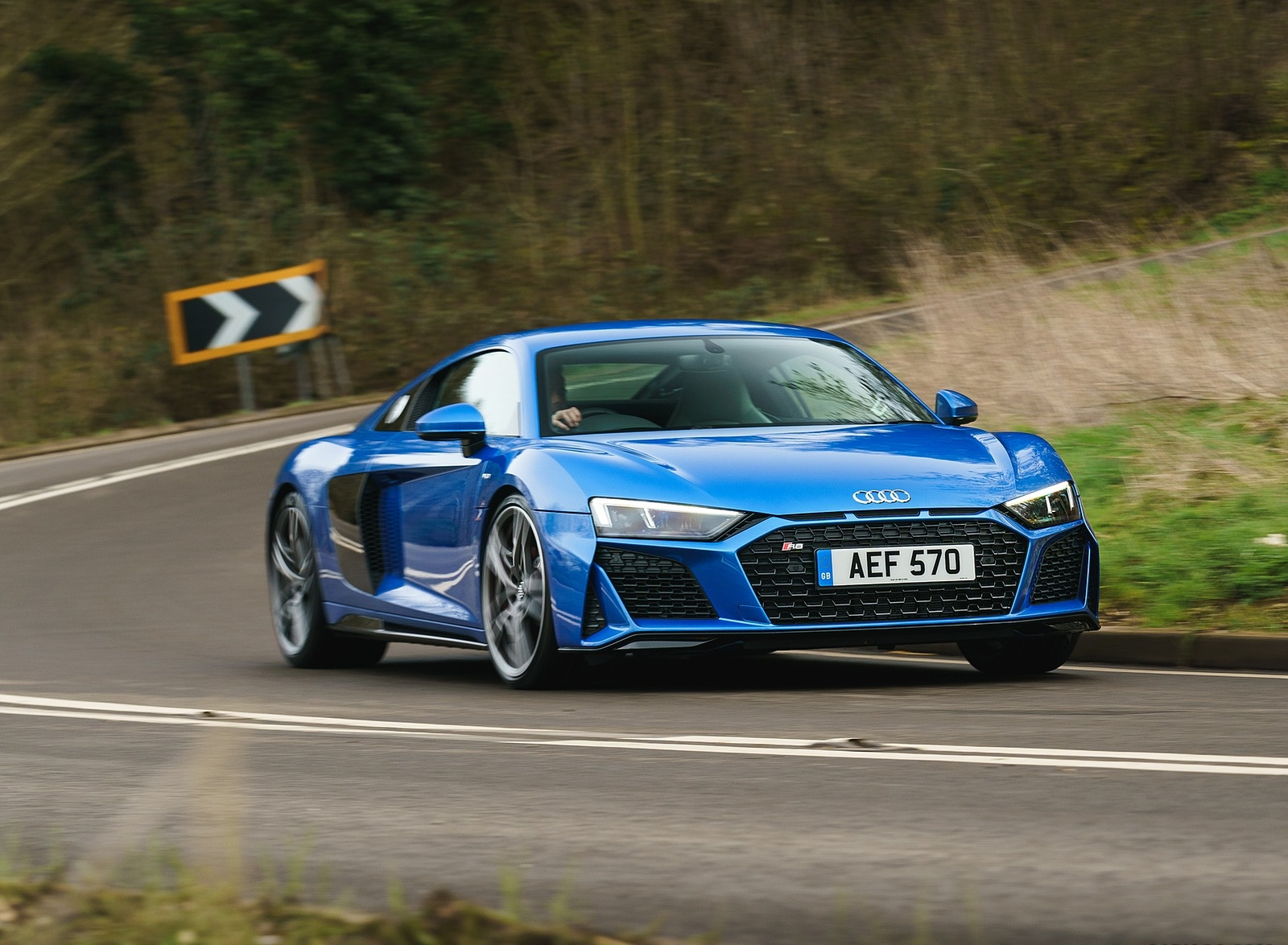 2019 Audi R8 V10 Coupe quattro (UK-Spec) Front Three-Quarter Wallpaper (3)