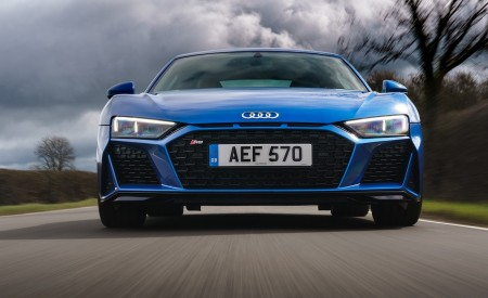 2019 Audi R8 V10 Coupe quattro (UK-Spec) Front Wallpaper 450x275 (19)