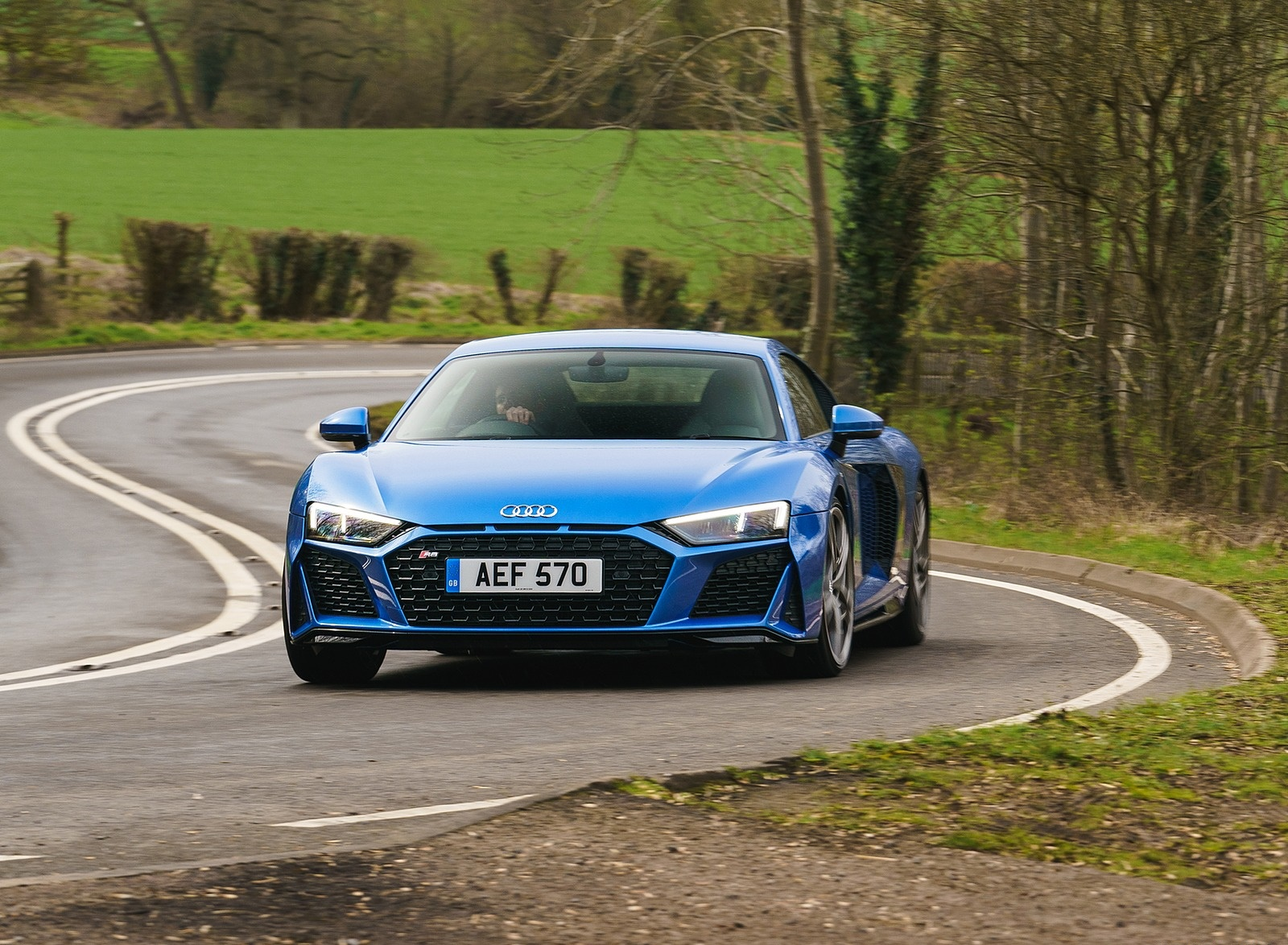 2019 Audi R8 V10 Coupe quattro (UK-Spec) Front Wallpaper (1)