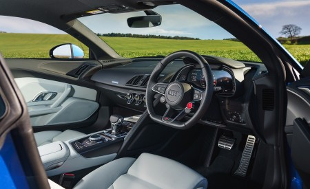 2019 Audi R8 V10 Coupe quattro (UK-Spec) Interior Wallpaper 450x275 (65)