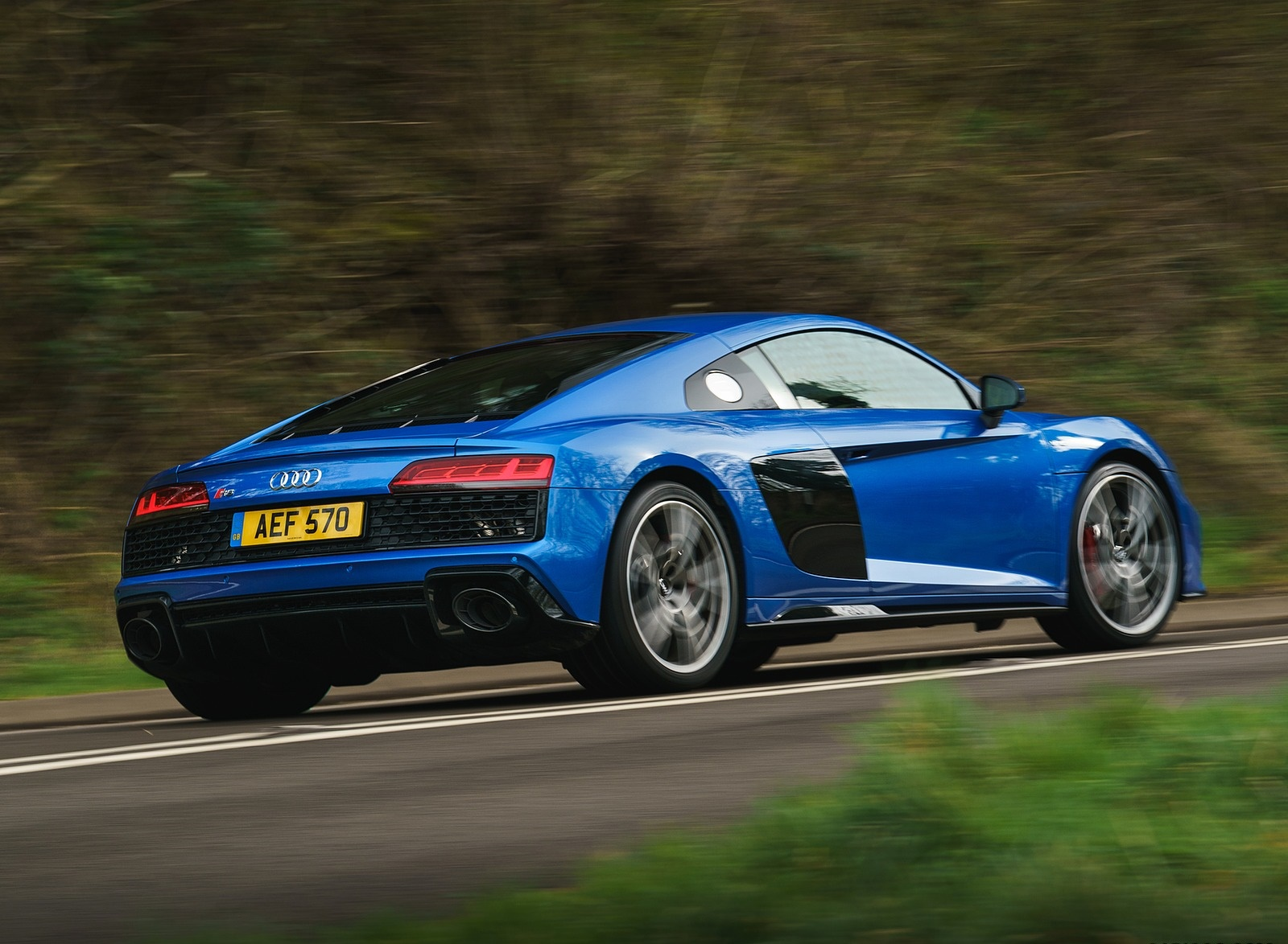 2019 Audi R8 V10 Coupe quattro (UK-Spec) Rear Three-Quarter Wallpaper (6)