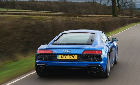 2019 Audi R8 V10 Coupe quattro (UK-Spec) Rear Wallpaper 450x275 (21)