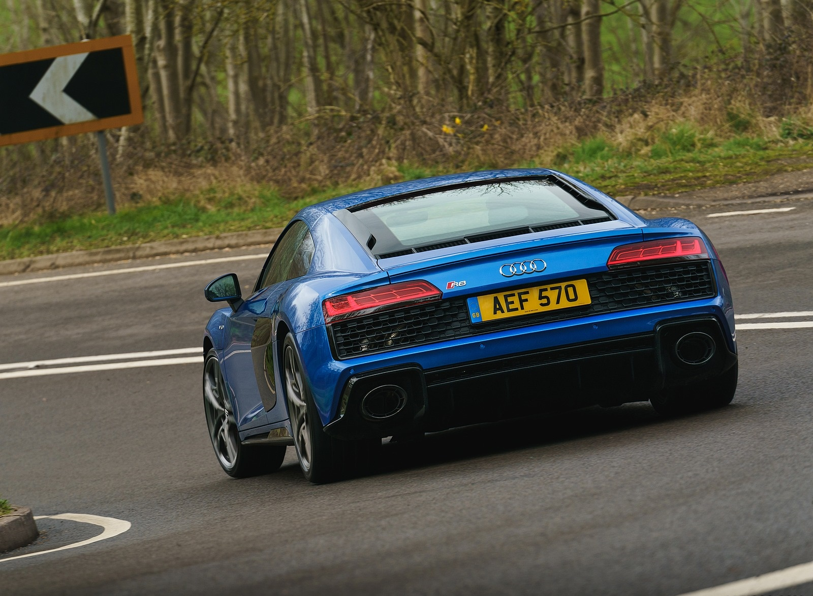 2019 Audi R8 V10 Coupe quattro (UK-Spec) Rear Wallpaper (12)