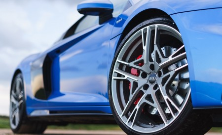 2019 Audi R8 V10 Coupe quattro (UK-Spec) Wheel Wallpaper 450x275 (40)