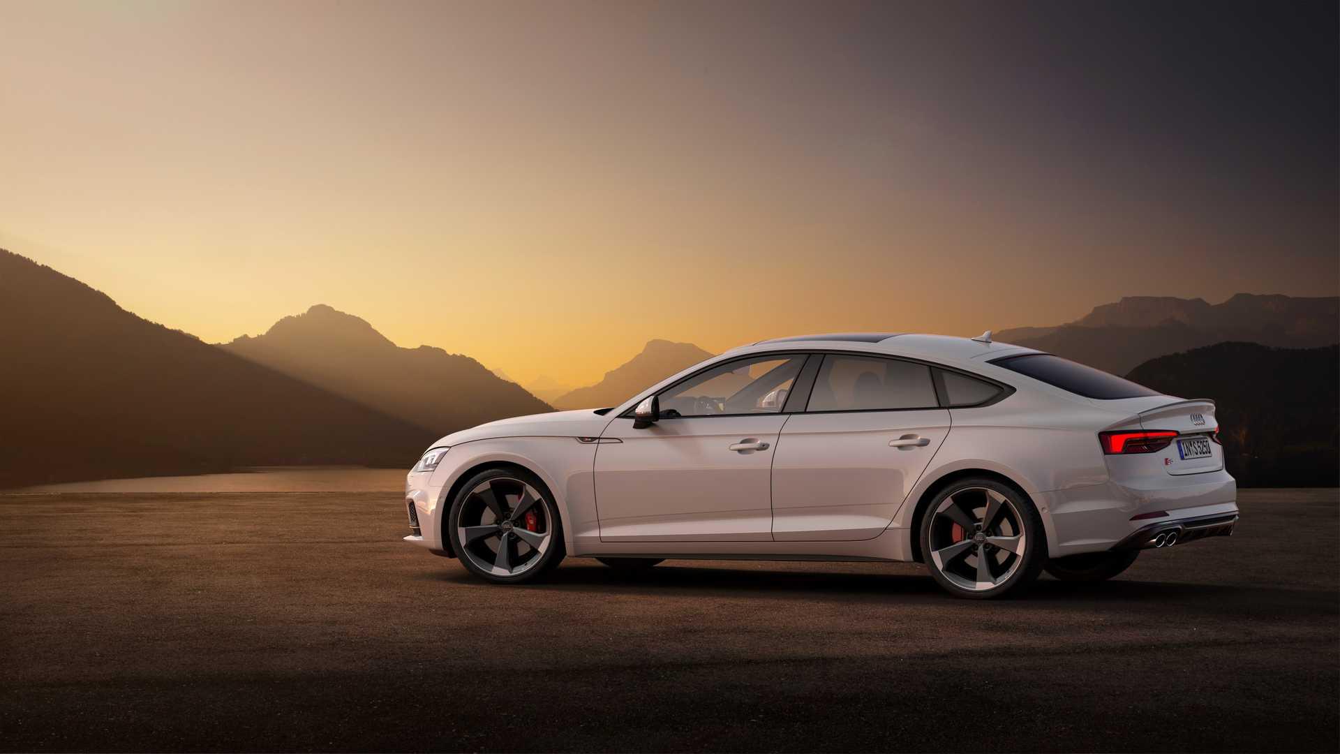 2019 Audi S5 Sportback TDI Rear Three-Quarter Wallpaper (9)