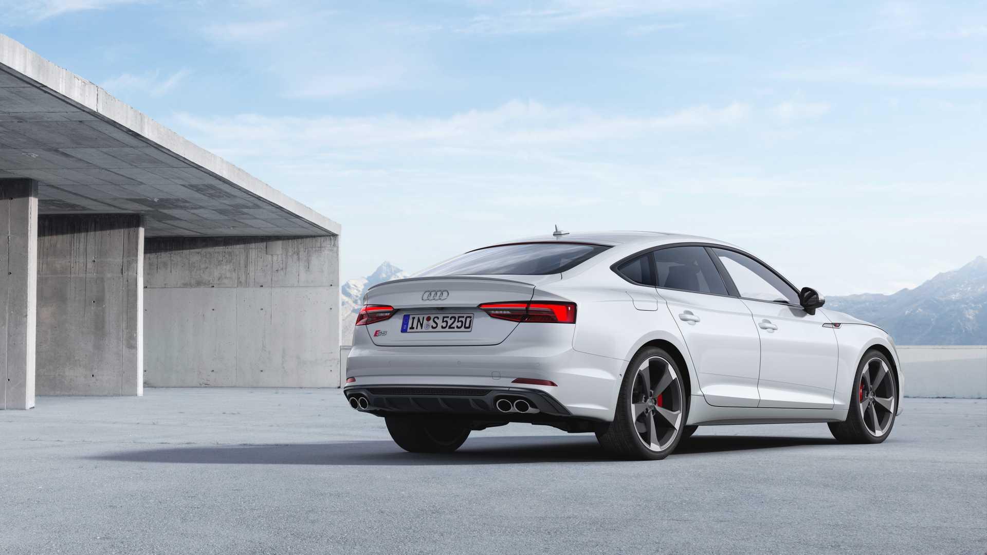 2019 Audi S5 Sportback TDI Rear Three-Quarter Wallpaper (7)