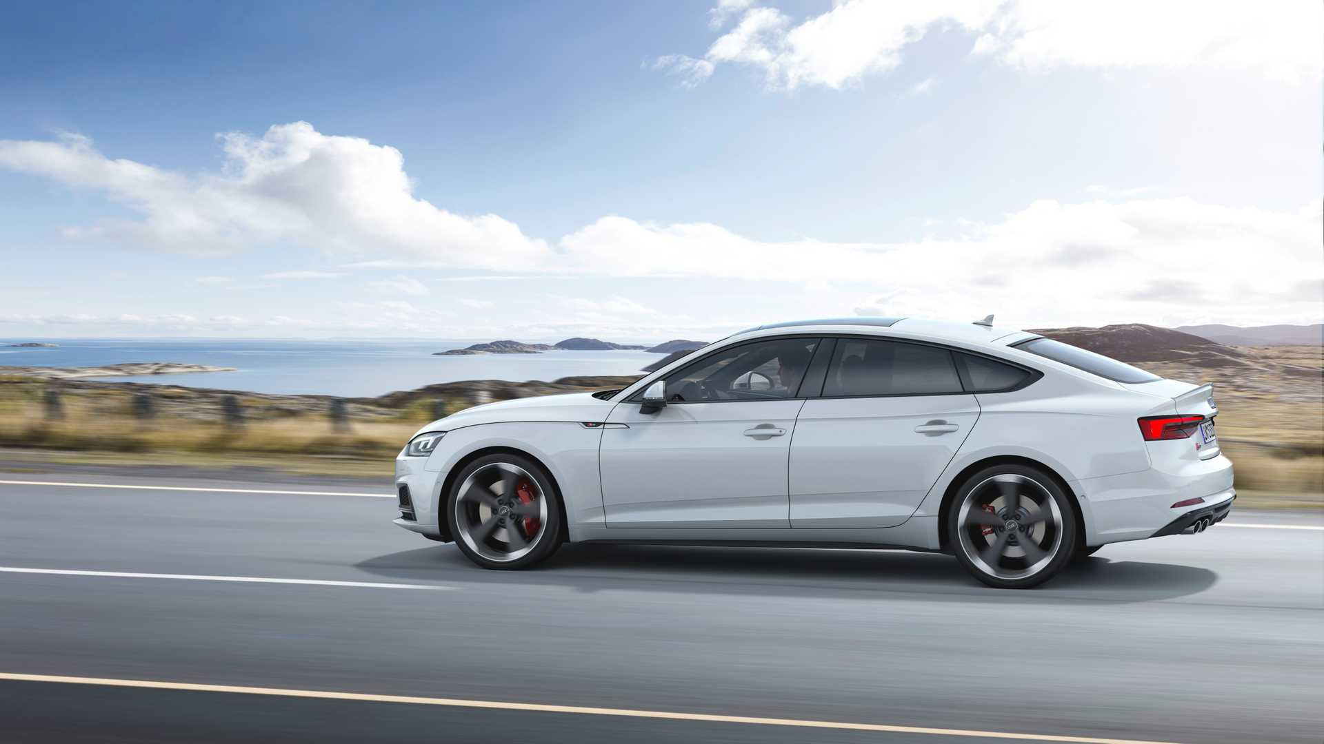 2019 Audi S5 Sportback TDI Side Wallpaper (3)