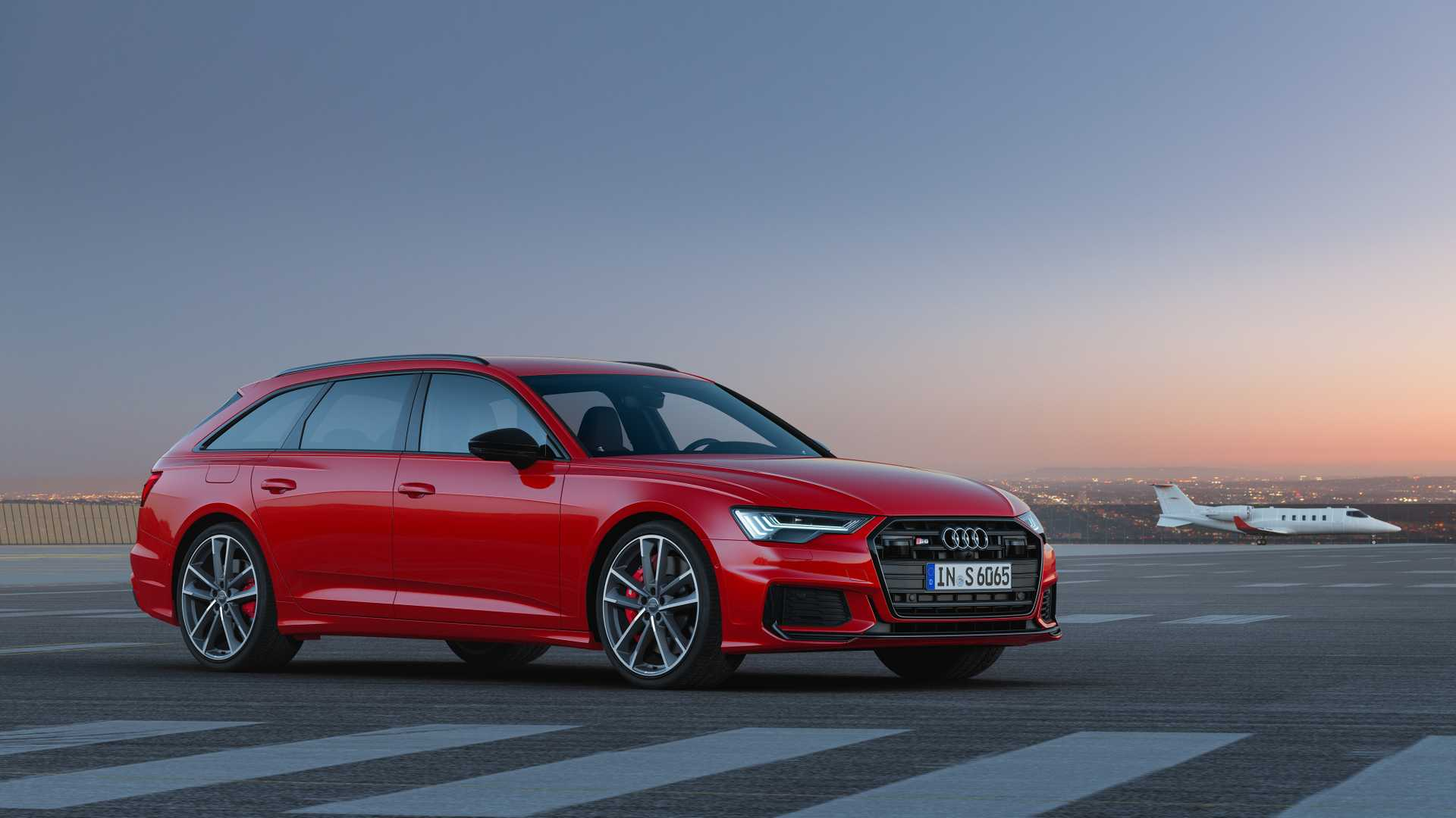 2019 Audi S6 Avant TDI (Color: Tango Red) Front Three-Quarter Wallpapers (8)