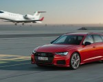 2019 Audi S6 Avant TDI (Color: Tango Red) Front Three-Quarter Wallpapers 150x120 (1)