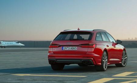 2019 Audi S6 Avant TDI (Color: Tango Red) Rear Wallpaper 450x275 (15)