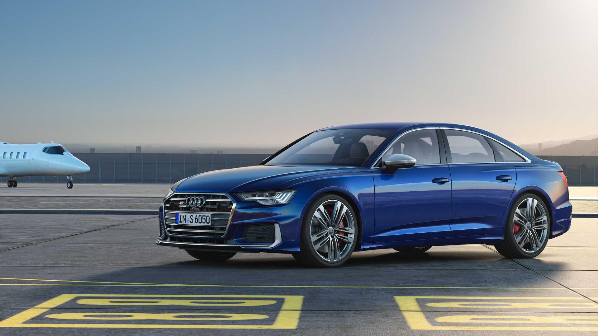 2019 Audi S6 Sedan TDI (Color: Navarra Blue) Front Three-Quarter Wallpaper (9)