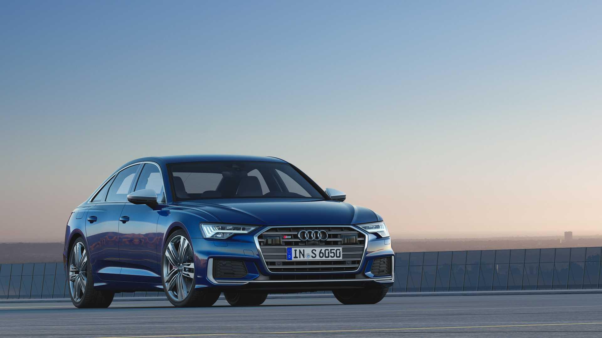 2019 Audi S6 Sedan TDI (Color: Navarra Blue) Front Three-Quarter Wallpaper (4)