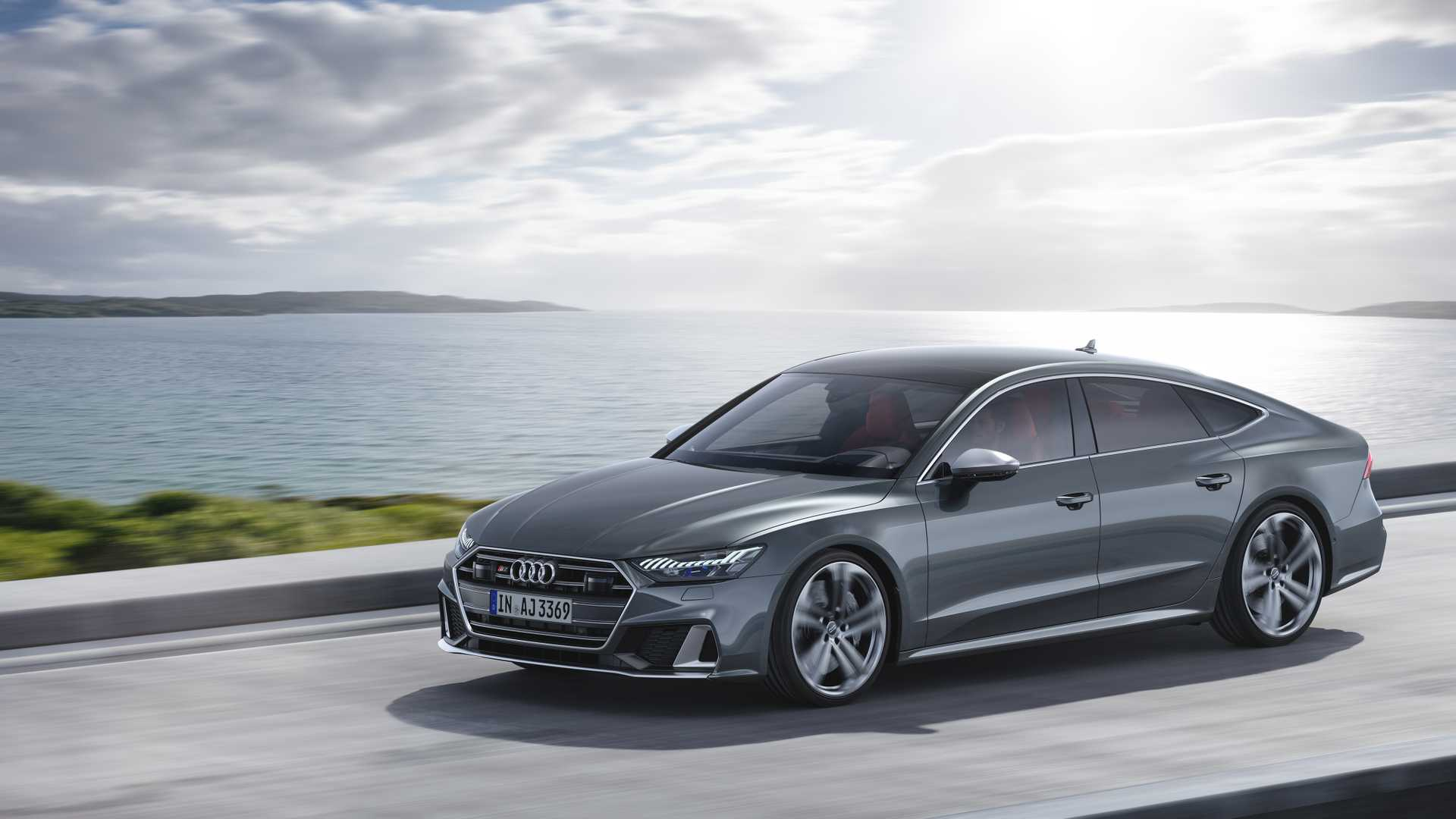 2019 Audi S7 Sportback TDI (Color: Daytona Grey) Front Three-Quarter Wallpapers (4)