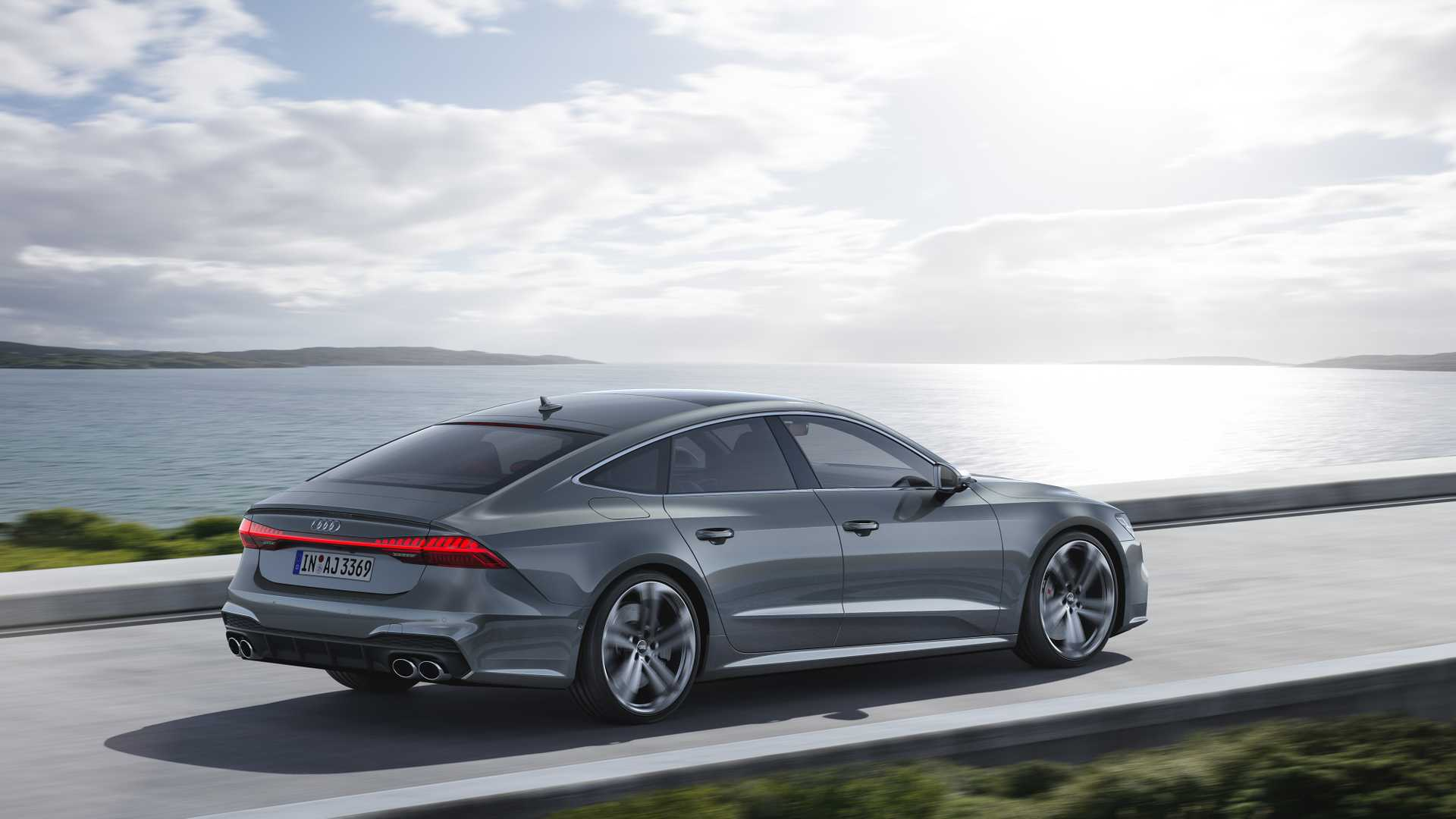 2019 Audi S7 Sportback TDI (Color: Daytona Grey) Rear Three-Quarter Wallpapers (9)