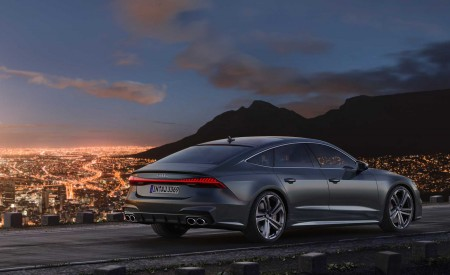 2019 Audi S7 Sportback TDI (Color: Daytona Grey) Rear Three-Quarter Wallpaper 450x275 (14)