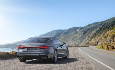2019 Audi S7 Sportback TDI (Color: Daytona Grey) Rear Wallpaper 450x275 (11)