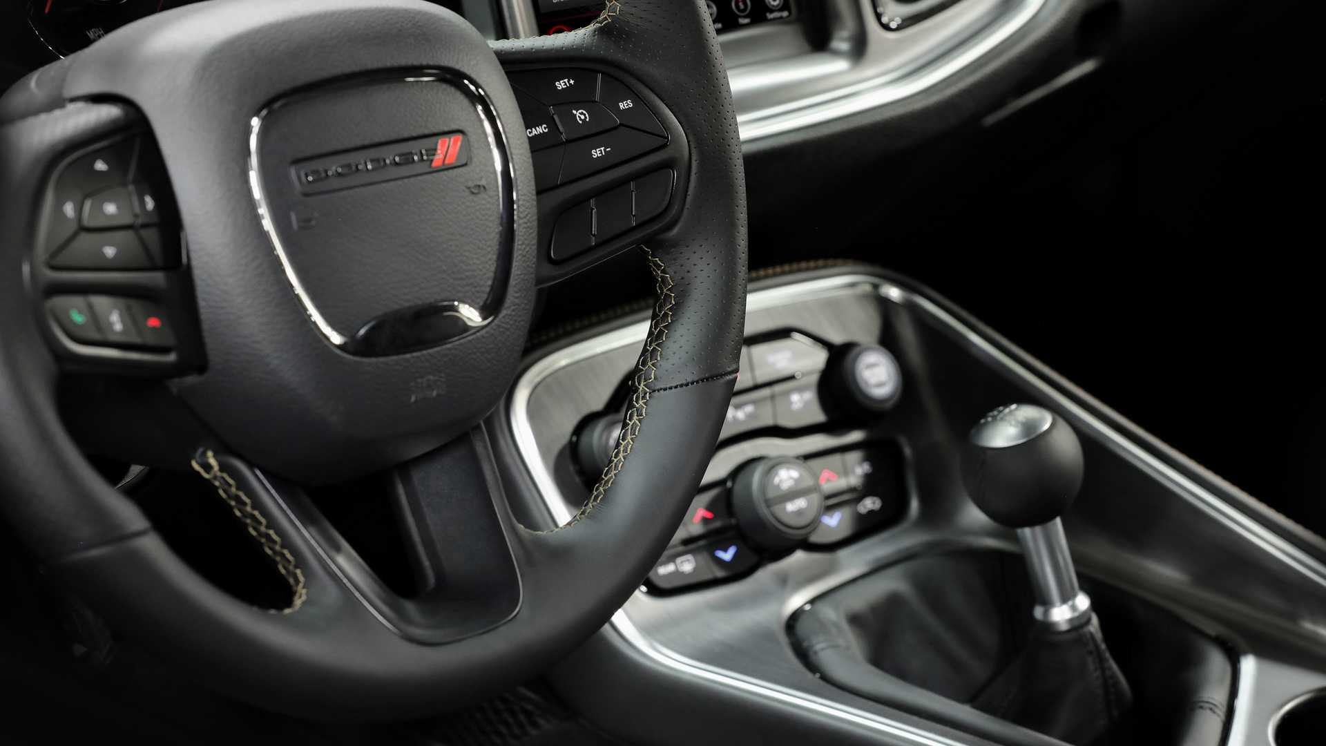 2019 Dodge Challenger RT Stars & Stripes Edition Interior Steering Wheel Wallpapers #8 of 11