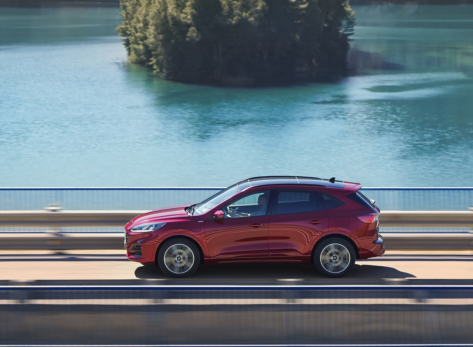 2019 Ford Kuga Side Wallpapers (4)