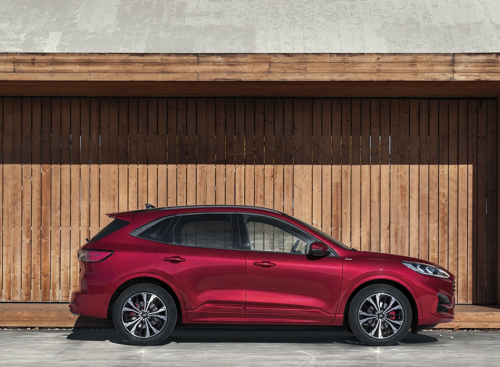 2019 Ford Kuga Side Wallpapers (5)