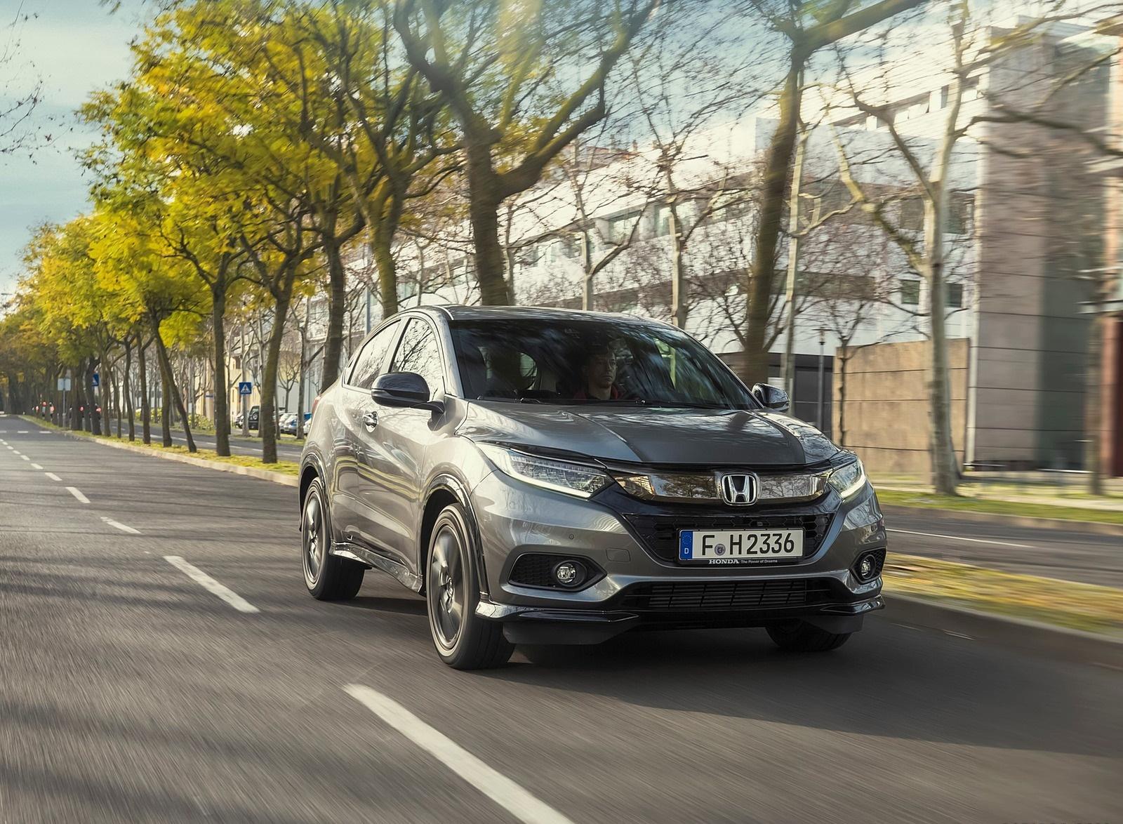 2019 Honda HR-V Front Three-Quarter Wallpapers (4)