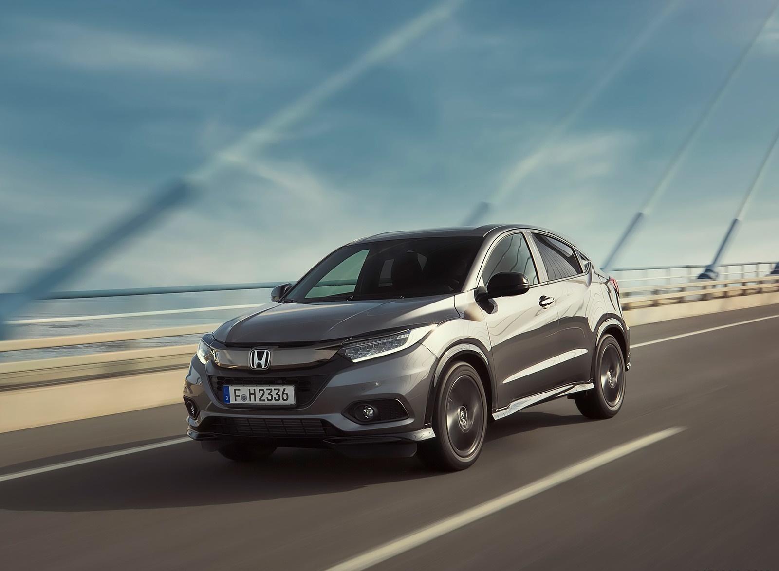 2019 Honda HR-V Front Three-Quarter Wallpapers (5)