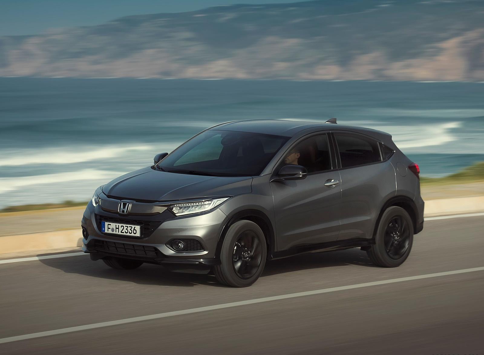 2019 Honda HR-V Front Three-Quarter Wallpapers (13)