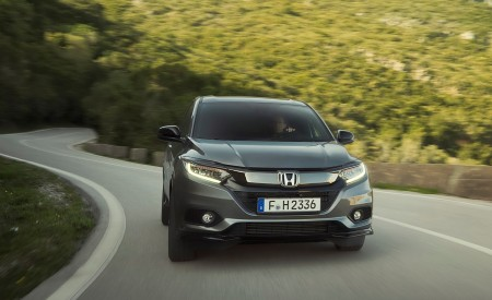 2019 Honda HR-V Front Wallpaper 450x275 (7)