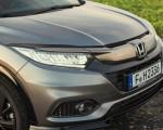 2019 Honda HR-V Headlight Wallpapers 150x120 (33)