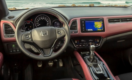 2019 Honda HR-V Interior Wallpaper 450x275 (44)