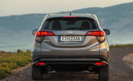 2019 Honda HR-V Rear Wallpaper 450x275 (30)