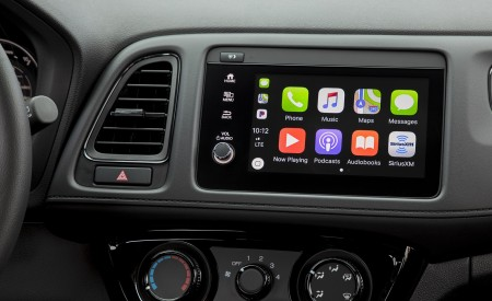 2019 Honda HR-V Sport Central Console Wallpaper 450x275 (132)