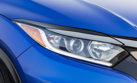 2019 Honda HR-V Sport Headlight Wallpaper 450x275 (117)