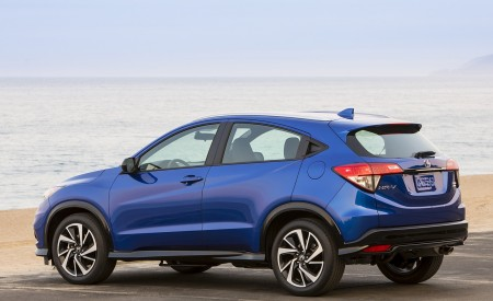 2019 Honda HR-V Sport Rear Three-Quarter Wallpaper 450x275 (110)