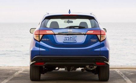 2019 Honda HR-V Sport Rear Wallpaper 450x275 (102)