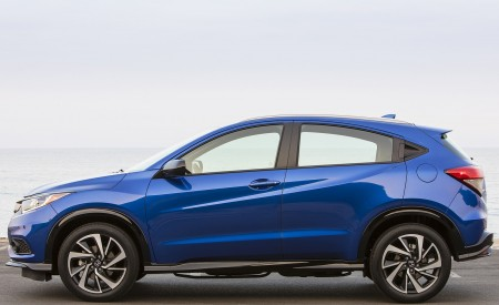 2019 Honda HR-V Sport Side Wallpaper 450x275 (112)