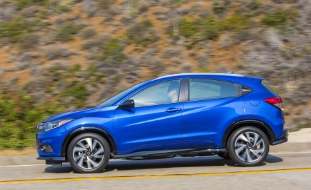 2019 Honda HR-V Sport Side Wallpaper 450x275 (97)