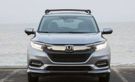 2019 Honda HR-V Touring Front Wallpaper 450x275 (73)
