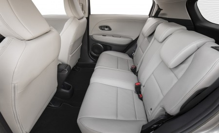 2019 Honda HR-V Touring Interior Rear Seats Wallpaper 450x275 (85)