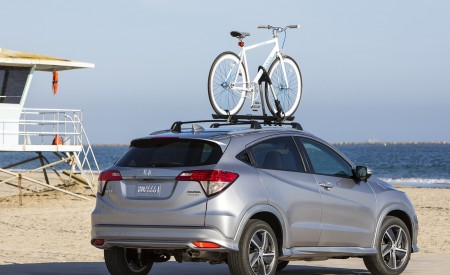 2019 Honda HR-V Touring Rear Three-Quarter Wallpaper 450x275 (75)