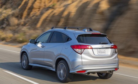 2019 Honda HR-V Touring Rear Three-Quarter Wallpaper 450x275 (69)